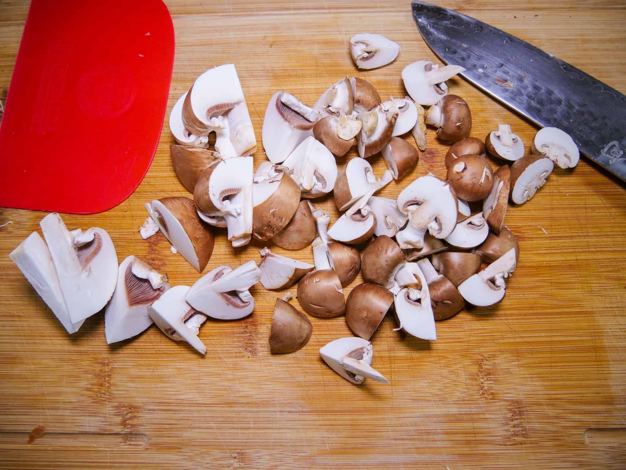 Champignon als Geschmackgeber in der Gemüsebrühe
