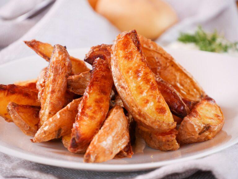 Knusprige Kartoffelecken vom Blech